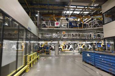 Koronavírus-fertőzöttet találtak a nagyszombati PSA Peugeot-Citroën autógyárban