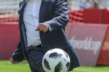 Putyin szerint Oroszország újabb labdarúgó-világbajnokságot rendezhetne