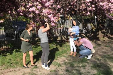 Bárhol, bármikor, szabadon! – Dunaszerdahelyi fotókon jelennek meg a szoptatás adta értékes pillanatok