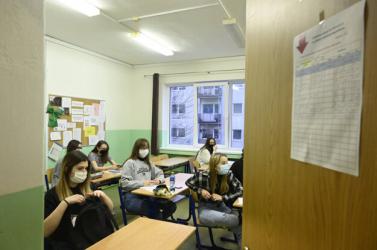 Hétfőtől 5 járásban kinyit minden alap- és középiskola