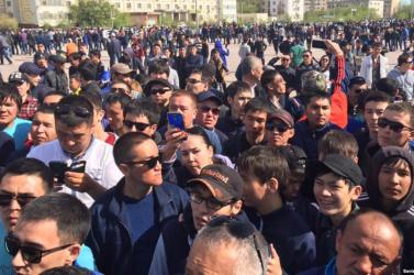 Kazahsztánban több ezren tiltakoztak a főváros átnevezése ellen
