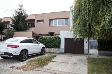 Kuciak-gyilkosság: Eltűnt a fehér Mercedes, amelyet Alena Zs. Kočner ismerősén keresztül kaphatott