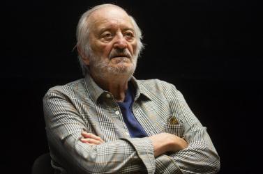 Előadás közben összeesett és meghalt a népszerű szlovák színész, Milan Lasica