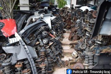 Nagyban űzte az alkatrészbizniszt három fickó, majdnem 300 tonna hulladékot gyűjtöttek össze