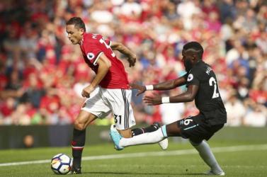 Premier League - Meghosszabbította Matic szerződését a Manchester United