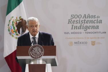 Mexikóban az Azték Birodalom 500 éve történt megsemmisítéséről emlékeztek meg