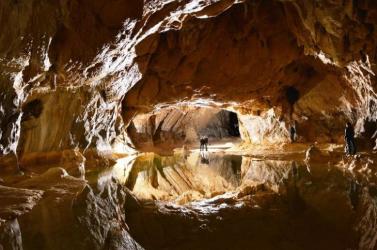 Tudományos célból 15 önkéntes negyven napra elvonult egy franciaországi barlangba