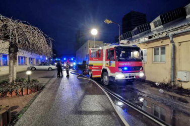 Raktárépület lángolt Pozsonyban
