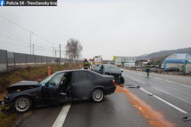 Nem adott előnyt a Fabia sofőrje a BMW-nek, súlyosan megsérült egy fiatal férfi