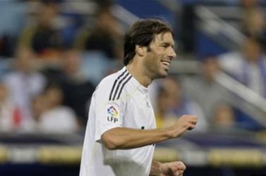 EURO-2020 - Van Nistelrooyjal és Stekelenburggal erősödik a holland fociválogatott stábja