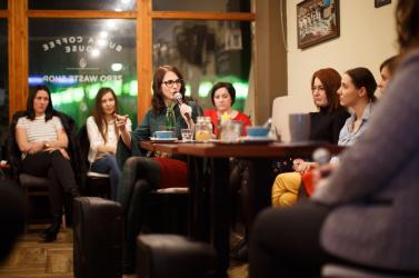 Szülési traumákat, eddig titokban tartott történeteket boncolgattak Dunaszerdahelyen