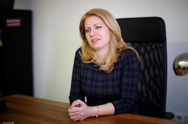 Čaputová a családokat akarja segíteni és javítana az LGBTI közösség jogi helyzetén is