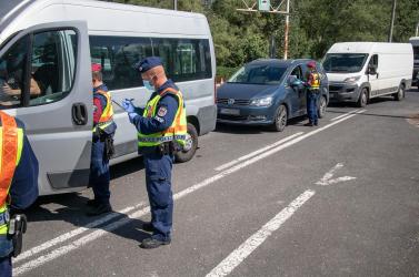 Nem törölték el Magyarországon az ingázókra vonatkozó korlátozást