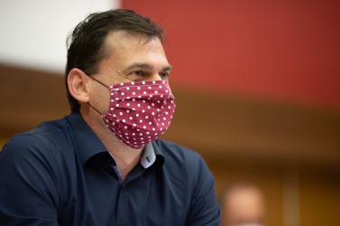 Holényi leváltotta a nagymegyeri hivatalvezetőt, akit munkahelyi zaklatással vádolnak a városháza alkalmazottai