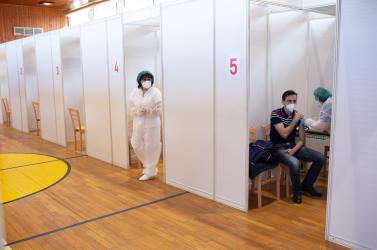 Újra nyitva a dunaszerdahelyi oltóközpont, akár a harmadik adagot is beadják
