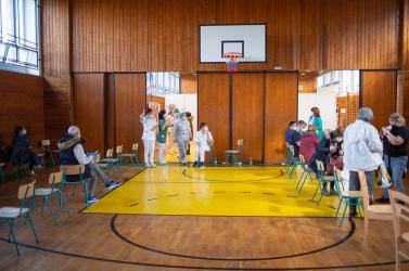 Szombaton AstraZenecát, vasárnap Pfizer/BioNTech vakcinát adnak be Dunaszerdahelyen