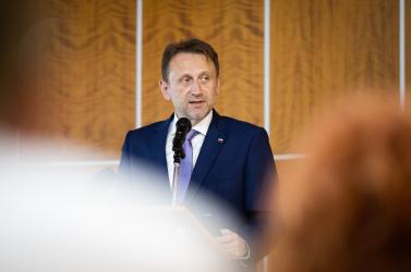 Magyarul köszöntötte a gazdákat, és lerakta az alapokat Dunaszerdahelyen az új miniszter