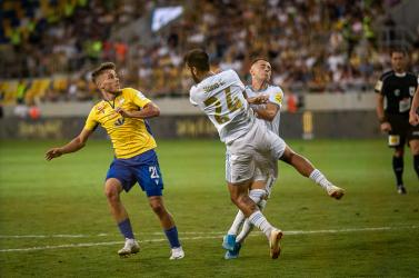 Tévében és interneten is nézni lehet a hétvégi DAC-Marseille mérkőzést