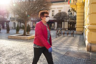 Megszűnik a nyugdíjasok számára kijelölt délelőtti bevásárlási idő