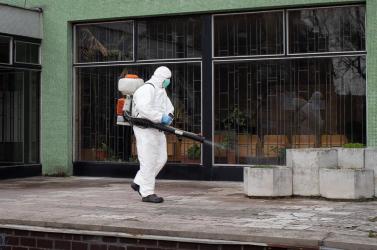 Később tetőzhet a járvány Szlovákiában, de jóval kevesebben fertőződhetnek meg, mint azt korábban gondolták