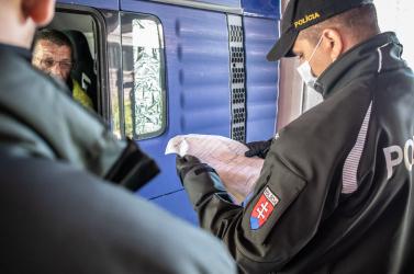 Hivatalosan is megszűnt az ellenőrzés a cseh-, osztrák- és magyar-szlovák határon