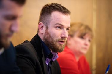 Nyilvános bocsánatkérést követelnek Holényitől a nagymegyeri MKP-sok, Varga Aranka és ügyvédje is csalódott