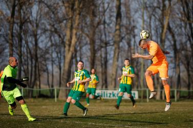 VII. liga, Dunaszerdahely, 15. forduló: A csallóközkürtiek vereségéből a gólerős alistáliak profitáltak