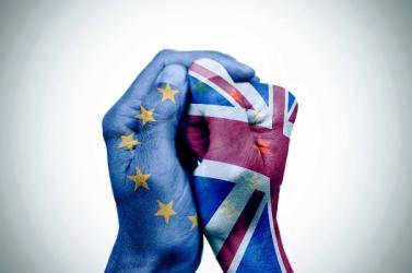 Adott alehetőség, hogy Londonvisszavonja uniós kilépési szándékát