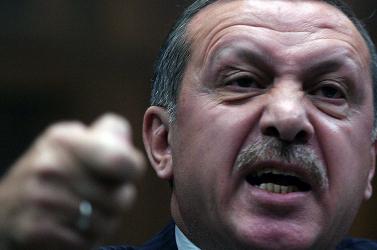 Erdogan gyilkosait próbálják megállítani a kurdok Szíriában