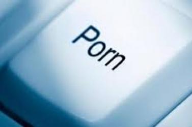 Ilyen hatással lehet a túl sok pornó a férfiakra