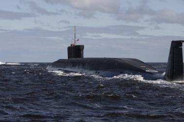 Eltemették az orosz tengeralattjáró balesetében elhunyt haditengerészeket