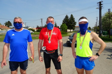 39. Barátság futóverseny: Szombaton százötvenen (!) teljesítették a diósförgepatonyi Barátság futóverseny 10 km-es távját otthon
