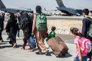 Terrortámadásra készülhet az Iszlám Állam a kabuli reptéren, menekülésre szólították fel a külföldi állampolgárokat