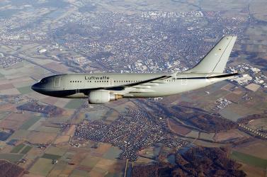 Olasz betegeket visznek Németországba a német légierő repülő intenzív osztályán