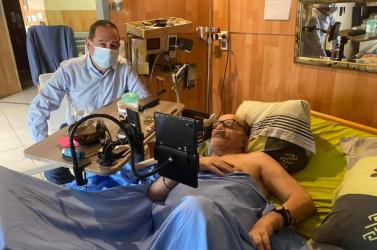 Élőben közvetítia Facebookon a haláltusájátegy gyógyíthatatlan beteg férfi, akinek nem engedélyezték az eutanáziát – VIDEÓ