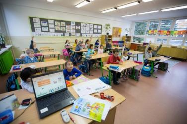 Lássuk, mennyi kiselsős kezdte idén a tanévet magyar tannyelvű alapiskolában