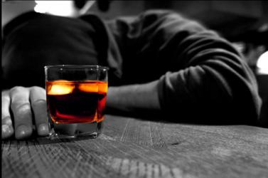 A rendőrök ellenőrizhetnék a fiatalokat, hogy fogyasztottak-e alkoholt