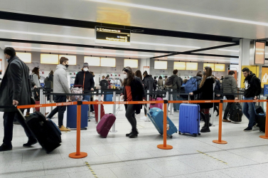 Jövő héttől csak 72 óránál nem régebbi negatív teszttel szabad beutazni Angliába