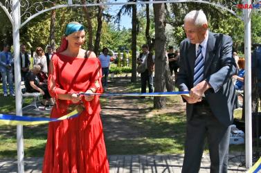 Csoda történt: rózsapark nyílt Dunaszerdahely szívében