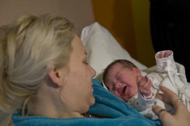Májustól emelkedhet az anyasági és gyermekgondozási pótlék