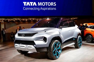 A korábbiaknál nagyobb hangsúlyt helyeznek az elektromos autók és új technológiák bemutatására a Genfi Nemzetközi Autókiállításon