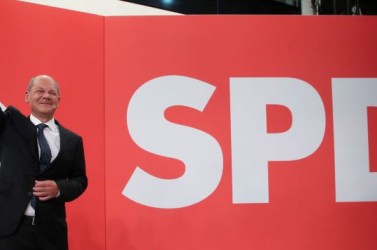 Párizs reméli, hogy mielőbb erős kormány lesz Németországban