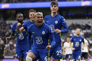 Karanténmentességet ér az oltás a Premier League-ben