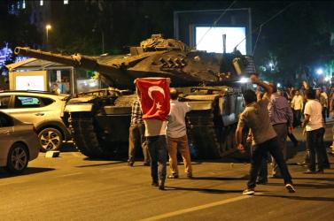 Török offenzíva: Meghalt egy török katona a kurd erők támadásában