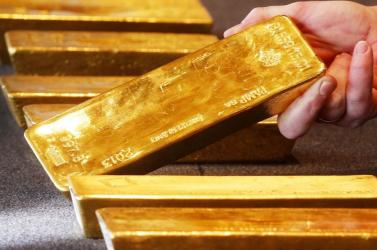 Vonaton felejtett aranyrudak tulajdonosát keresik a hatóságok