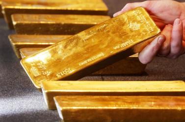 Szárnyal az arany ára, kilenc éve nem volt ilyen magas