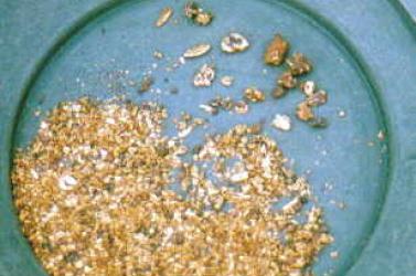 Hatan megfulladtak egy aranybányában
