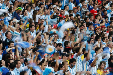 Őrizetbe vettek hét argentin szurkolót - összeverekedtek a horvátokkal (Videó)