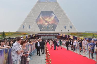 Kazah nép menni nagykövetséget nyitni az Pozsony
