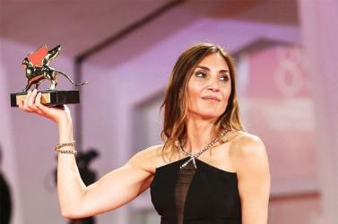 Velencei Filmfesztivál - Hatvanas években játszódó francia dráma nyerte az Arany Oroszlánt